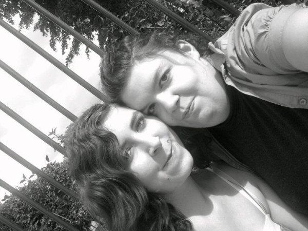 ElE & MwA