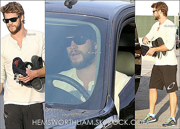 """.03/04/13 - Liam sortant de son cours de sport dans le West Hollywood !  .* Liam présentera le trailer de Catching Fire aux MTV Movie Awards (14/04) + Il aura peut-être un rôle dans """"The Raven"""" !   *"""
