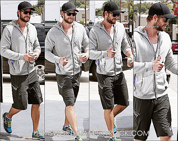 .04/04/13 - Liam aperçu encore une fois sortant de sa gym dans le West Hollywood.  .*