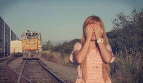Je suis née seule, je mourrai seule alors pourquoi s'obstiner à vouloir à tout prix avoir une compagnie pour tracer son chemin ?