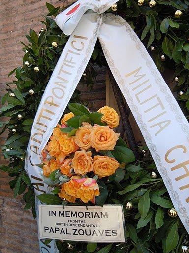Les descendants des Zouaves Pontificaux britanniques visitent les lieux de mémoire.