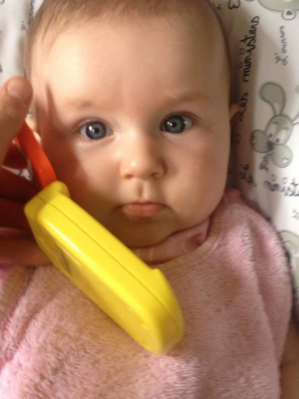 Lorena qui appelle à sa maman