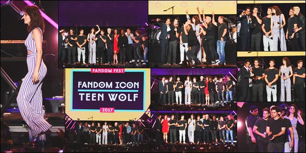 22/07/17: Le lendemain, Shelley Hennig a assisté à la fête « MTV Fandom » avec tout le cast de Teen Wolf en - CA. Découvrez également deux portraits des membres du cast présent lors de ce dernier Comic Con. Même tenue que pour la veille, je lui donne un - top !