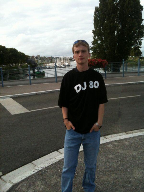 DJ80 beau gosse !!!!!!!!! ;)