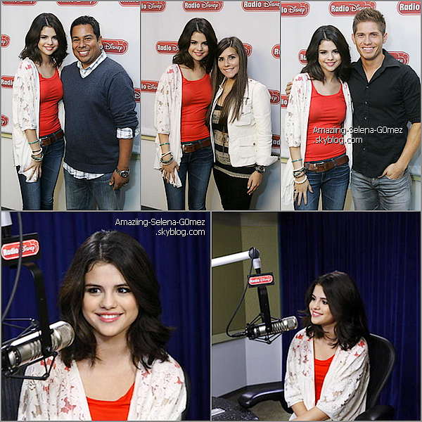 Mercredi 22 septembre : Selena & The Scene était à Radio Disney.  Selena a interprétée Round & Round en Version Acoustique Voir