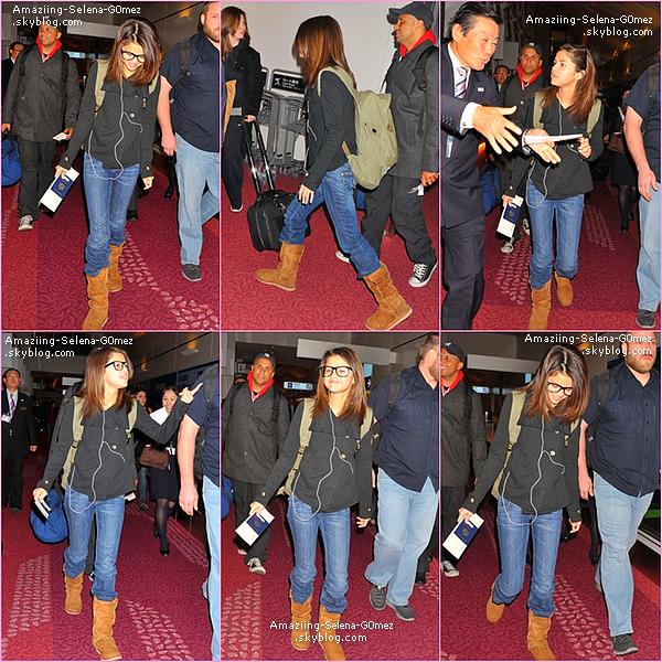 Dimanche 20 Janvier au Matin : Selena Arrivant à L'aéroport de Tokyo au Japon. Vidéo .Top ou Flop ?