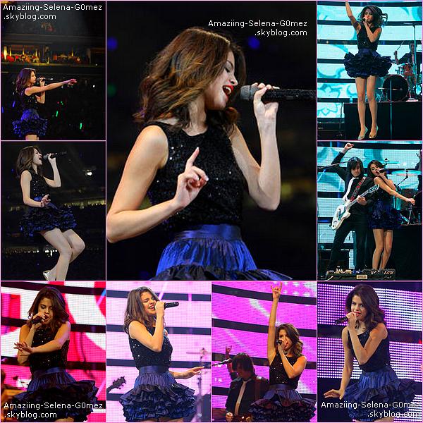 """Dimanche 4 Mars : Selena & The Scene Donnant Un Concert au """"Houston Livestock Show"""" à Houston au Texas."""