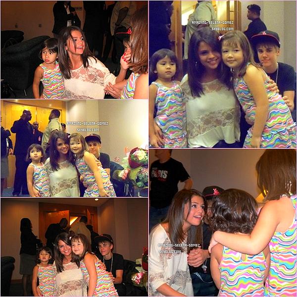 Découvrez des Photos de Selena et Justin Rencontrant Deux Fans dans leur hôtel en Malaisie. Les Photos Date du Mercredi 20 Avril.