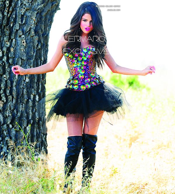 """Mercredi 15 Juin au Matin : Selena était  dans une Station de Radio """"Kidd Kraddick in the Morning"""" au Texas. Elle a Parlée de Monte Carlo, de son Prochian Album, de sa Récente Hôspitalisation Ect ... Vidéo 1 et 2"""