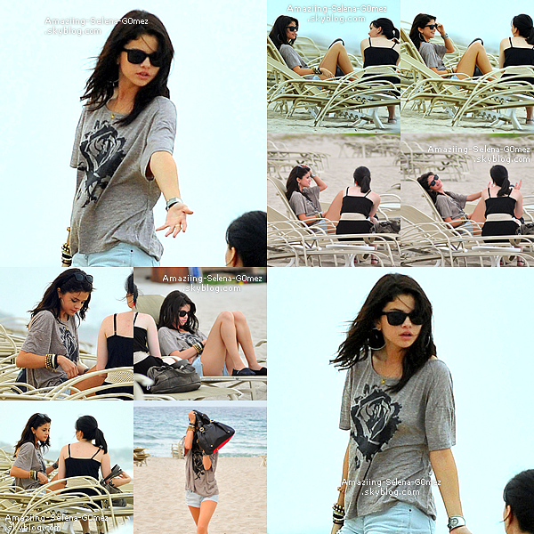 Mercredi 27 Juillet : Selena avec une Amie sur la Plage de  Palm Beach en Floride.