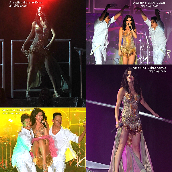"Jeudi 28 Juillet : Selena Donnant son Premiers Concert de sa Tournée ""We Own the Night"" au Boca Raton en Floride."