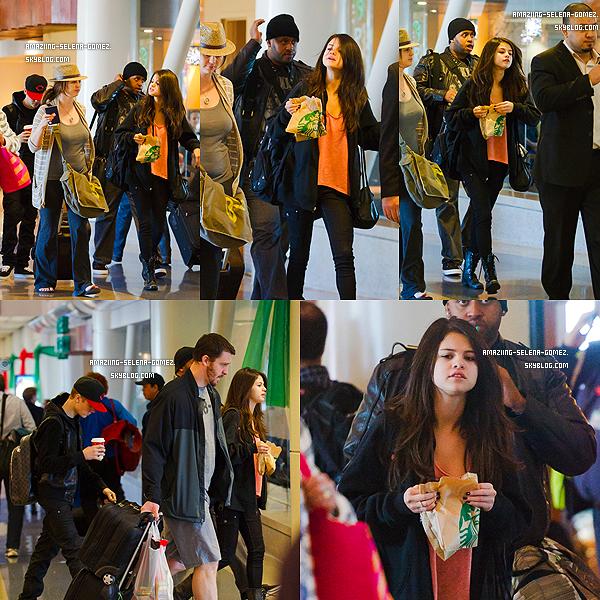 Mercredi 7 Décembre : Selena et Justin dans une Plage Nous Faisant un Remake de Leur Voyage à Hawaï Mais cette Fois-Ci au Mexique.