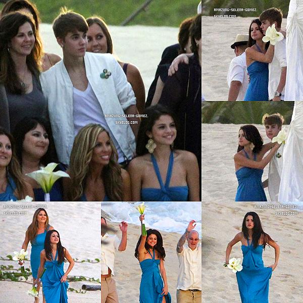 Jeudi 8 décembre : Selena et Justin Assistant à un Mariage sur la Plage de Los Cabos au Mexique. C'est une Amie à Sel, Shannon Larossi qui s'est Mariée et qui a Désignés Selena Comme étant l'une des Demoiselles d'honneurs.