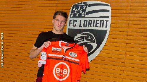 Contrat pro pour Lavigne (Lorient)