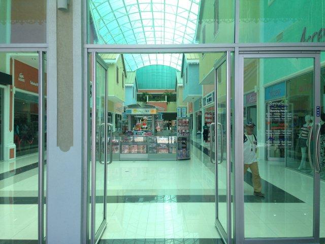 Moment au centre commercial Bay Walk Shopping Mall à Sainte-Lucie