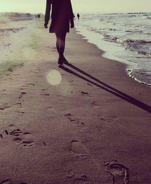 Ce qui m'importe c'est juste que tu revienne, sans toi je ne suis plus tout à fait la même.