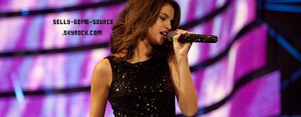 Selena & Justin Twitter + Concert au salon de l'élevage et de rodéo Houston