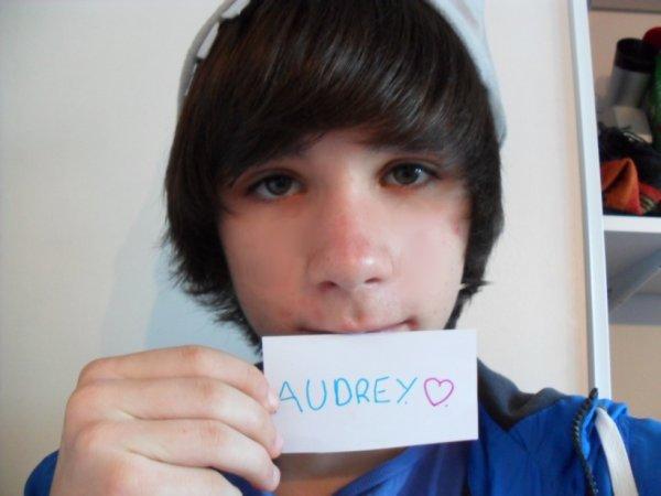 Audrey, Tu bz ? ._.