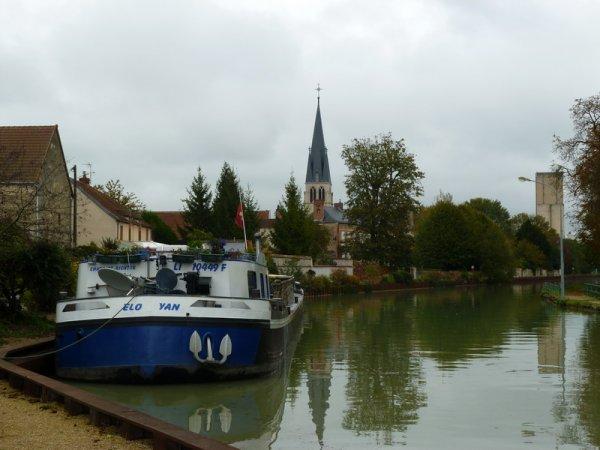 Tours sur Marne