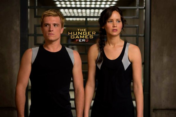 """New still de """"Catching Fire""""de Peeta et de Katniss lors de l'entrainement."""