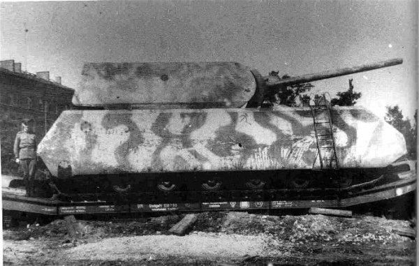 Super structure : Le Panzerkampfwagen VIII Maus