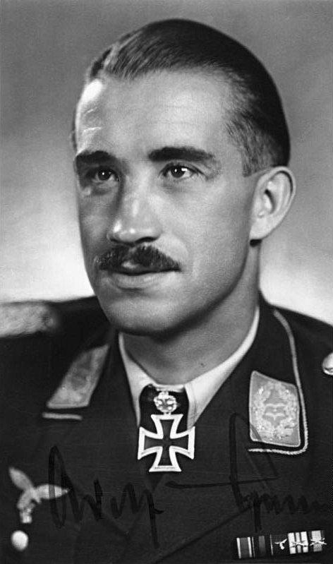 Personnage emblématique de seconde guerre mondiale : l'as des as, Adolf Gallant