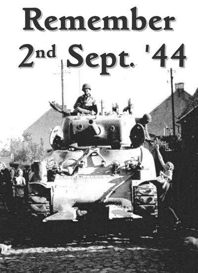 Démonstration de manoeuvres de blindés us, débarquement amphibie et bourse militaire à Mons (Belgique)