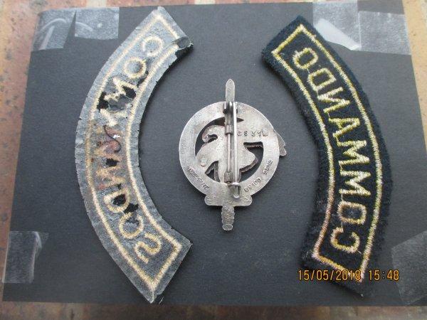 Insignes du Centre d'Entrainement Commandos  du 129 RI + Titres d'épaule