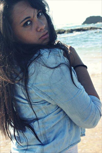 - J'aurais aimé être la fille que t'aurais eu peur de perdre.