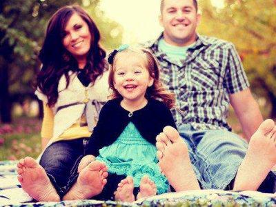Une famille, c'est comme un phare. Ça nous aide à retrouver notre chemin lorsqu'on se perd ♥.