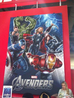 """""""The Avengers"""" : première affiche (un peu floue) Film !"""