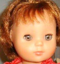 Marie -Françoise juvénile 1986 rousse aux yeux de couleur noisette