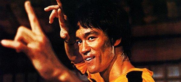Succès et dépassement de soi : 9 citations de Bruce Lee