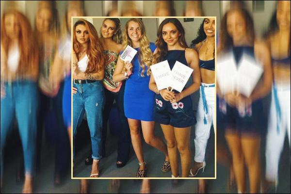 03 juin 2017 🌷 Les filles étaient en Hollande et précisément à Amsterdam pour une interview pour le magazine « Cosmo Girl NL ».