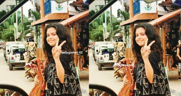 le 17 avril 2015 -  Selena à Sayulita, Nayarit, au Mexique
