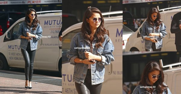 le 11 octobre 2015 - Selena dehors et environ à New York City, NY