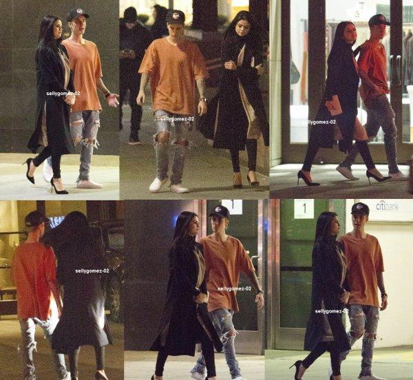 le 20 novembre 2015 - Selena dehors et environ avec Justin Bieber à Beverly Hills, en Californie