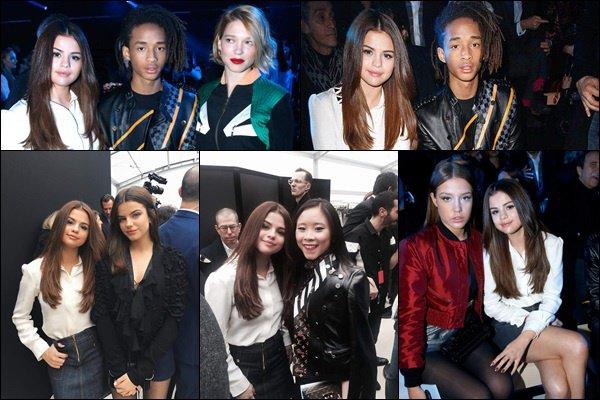 le 9 mars 2016 - Selena était au défilé printemps/été 2016/2017 de Louis Vouitton