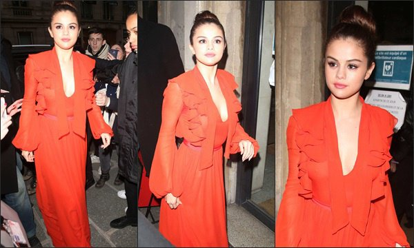 Le 10 mars 2016 - Selena quittant les NRJ Radio Studios à Paris