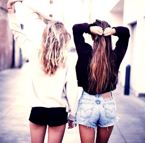 « True friends stab you in the front. «