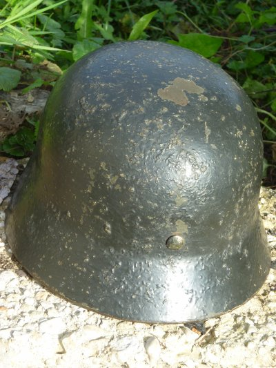 Casque allemand M35 bétonné