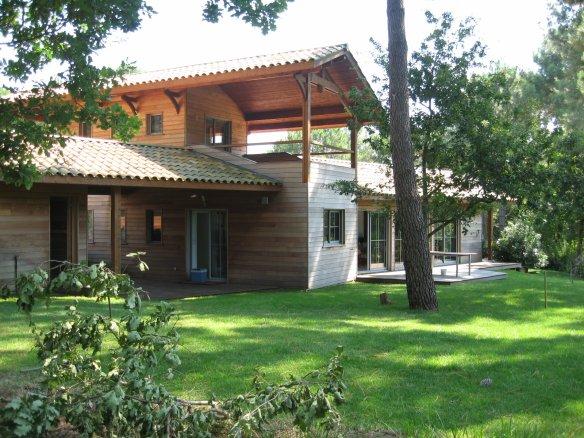 A Vendre Ou Louer Maison En Red Cedar Le Long Du Fairway Golf De Biscarrosse
