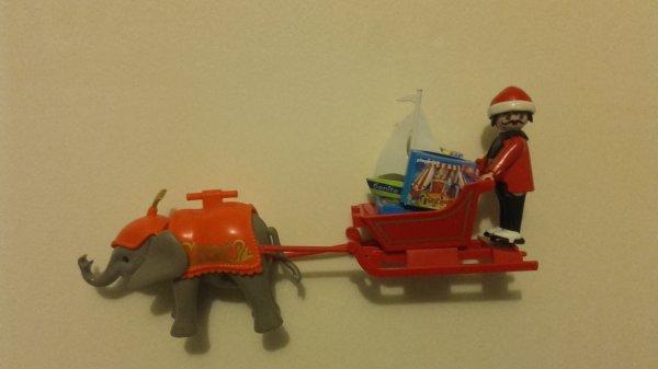 Cà c'est plutôt un Noël circassien... ;) Eléphantesque comme d'habitude