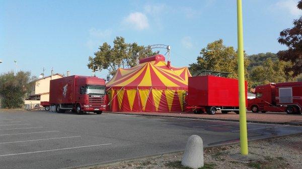 Cirque Caplot dirigé par la famille Sammy Caplot ! Chasse sur Rhône du 20 au 24 octobre 2018 !!! n°1