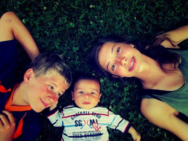 Petite photo de moi et mes frères ♥