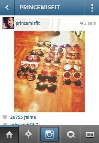Sa c les lunette de Prince!