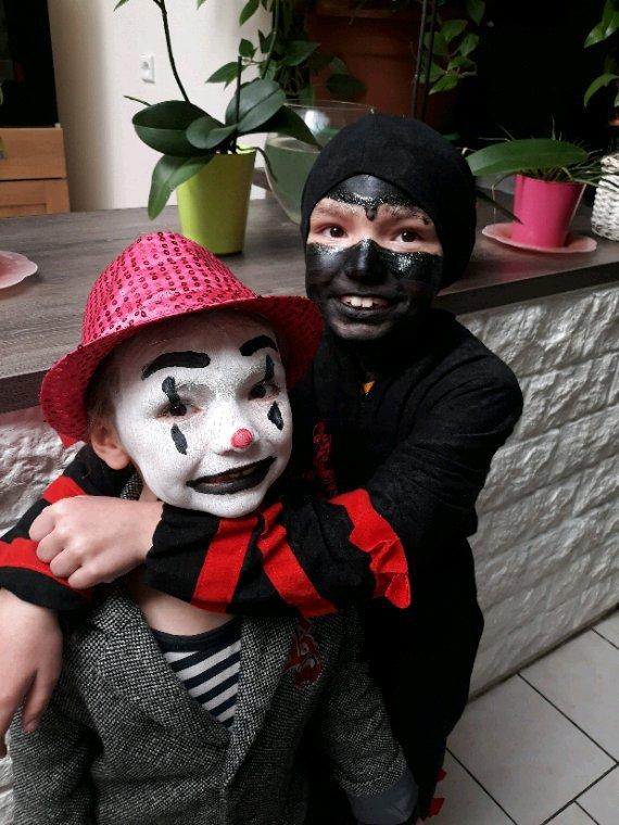 Carnaval de nos bebe ( il se sont éclatés )?