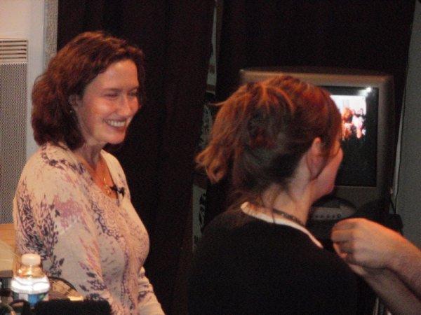 Rencontre avec Cate Tiernan et Maggie Stiefvater à la Fantasy Tavern.
