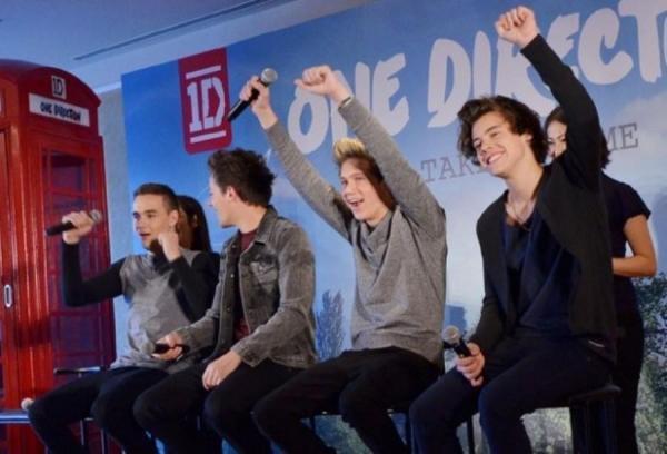Les garçon en conférence de presse au Japon ! ! !