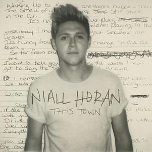 "Niall Horan First Solo - ""This Town"" ♥"